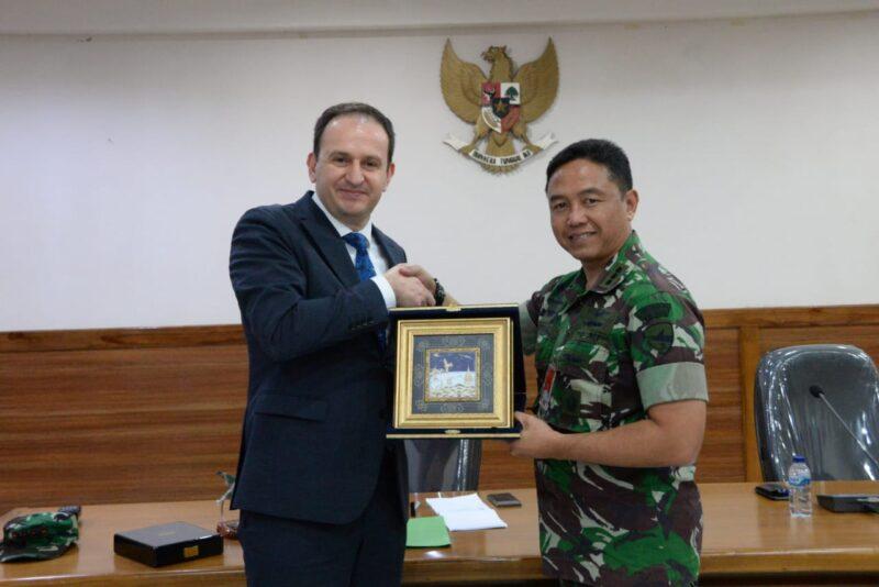 Kunjungi Lanud Iswahjudi, Industri Pertahanan Turki Jajaki Kerjasama dengan Indonesia