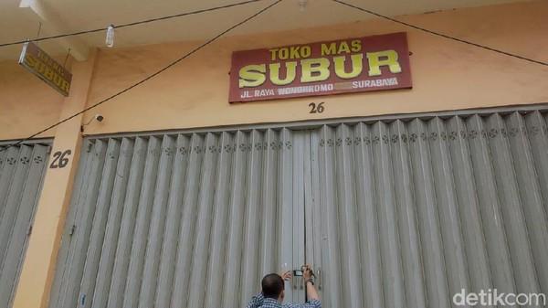 Satroni Toko Emas di Surabaya, 2 Perampok Bersenpi Lukai Pegawai