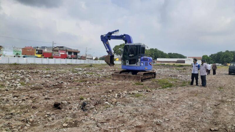 Pembangunan Pasar Legi Dikebut, Pekerjaan Dilakukan Full 24 Jam
