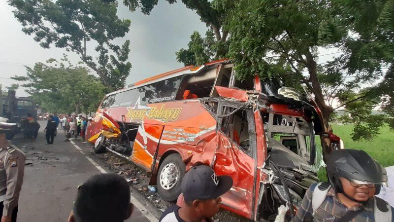 Adu Banteng Sugeng Rahayu vs Truk Gas, 1 Tewas