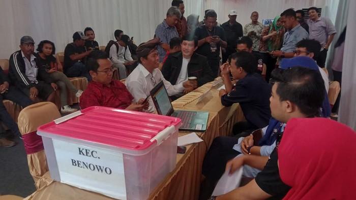 KPU Loloskan Satu Pasangan Calon Independen Pilkada Surabaya 2020