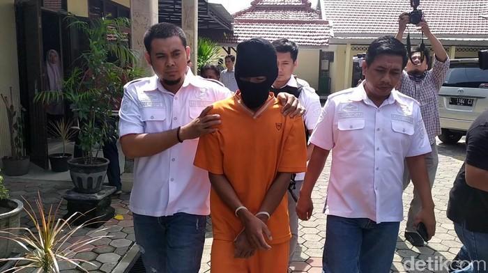 Pembunuh Bocah SD di Mojokerto Ternyata Remaja Tetangga Korban