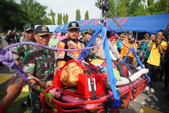 Antisipasi Banjir, Pemkot Madiun Bersihkan Seluruh Sungai