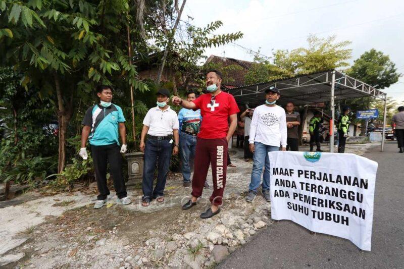 Satu Warganya Positif Covid-19, Akses masuk Desa Panjeng di Ponorogo Ditutup