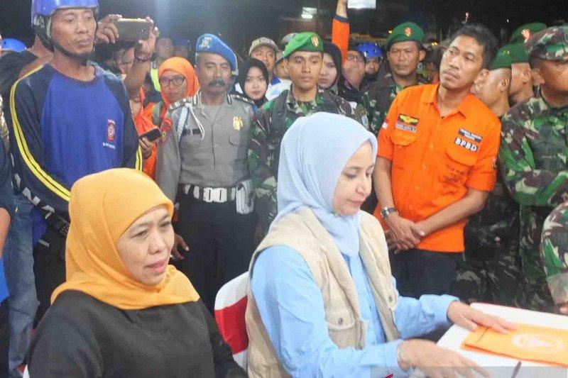 Gubernur Jatim Tinjau Jalan Ambles di Jember, Minta 21 Ruko Lain Dirobohkan
