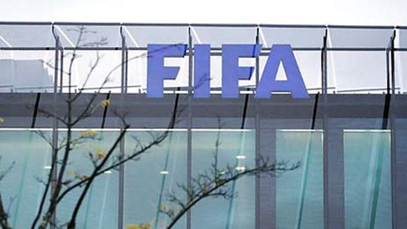 Dokter FIFA Minta Kompetisi Jangan Digelar Dulu, Ini Alasannya