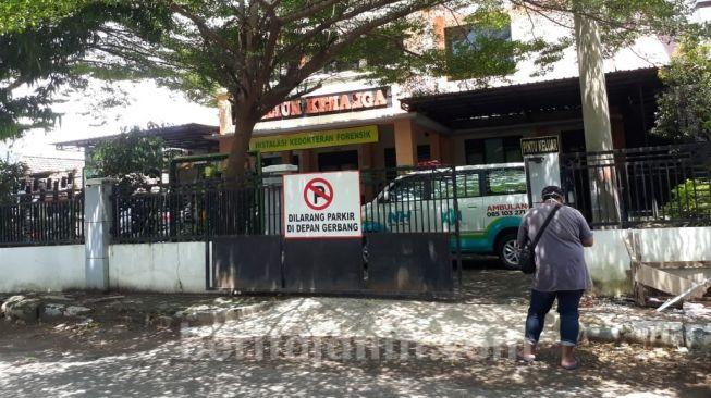 Ditolak Aparat Desa, Jenazah Warga Jombang Tertahan Berjam-Jam di Ambulans