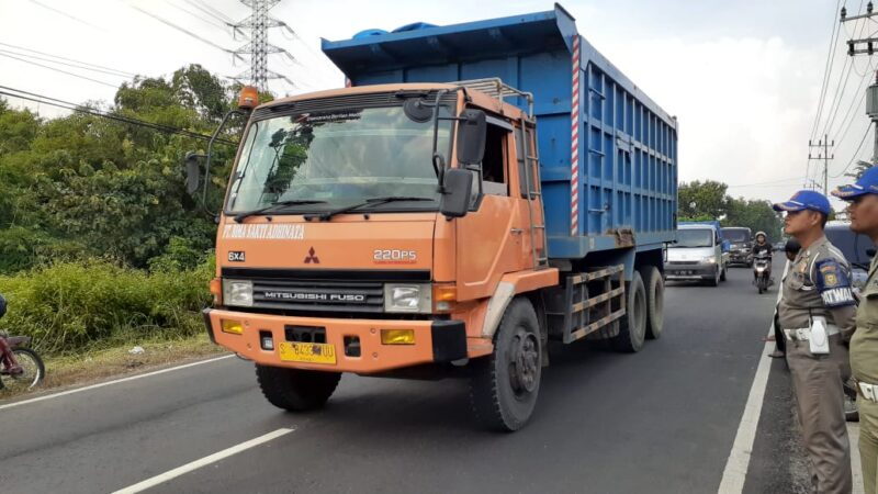 Dinilai Merugikan, Warga Kabupaten Protes Kebijakan Wali Kota Madiun