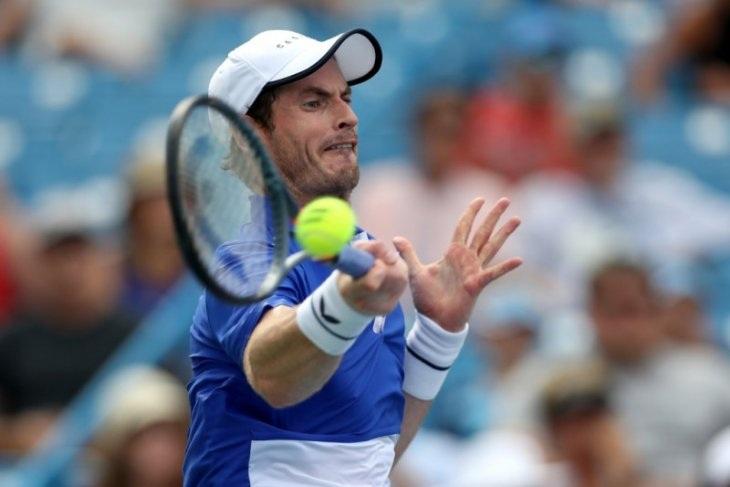 Kalahkan Petenis Belgia, Murray Juara di Madrid Open virtual