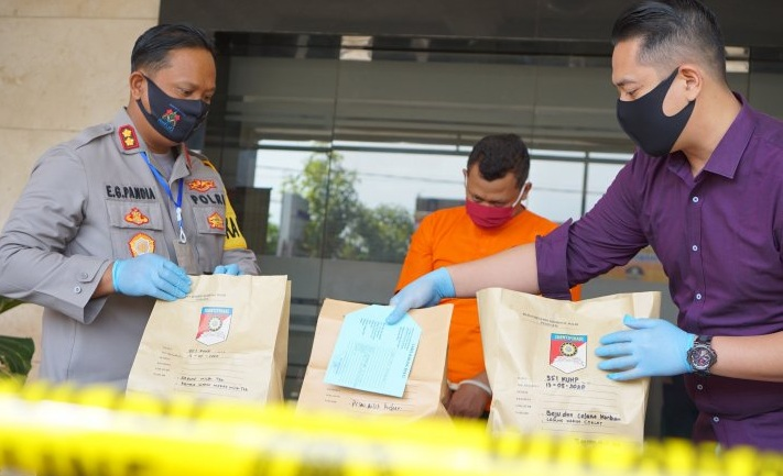 Sukarelawan Covid-19 di Tulungagung Ditangkap Polisi, Kenapa Ya?