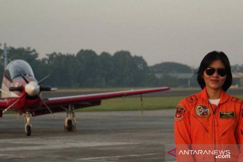 Jadi Perempuan Pertama Piloti Pesawat Tempur, Ajeng Bakal Ditugaskan Di Magetan