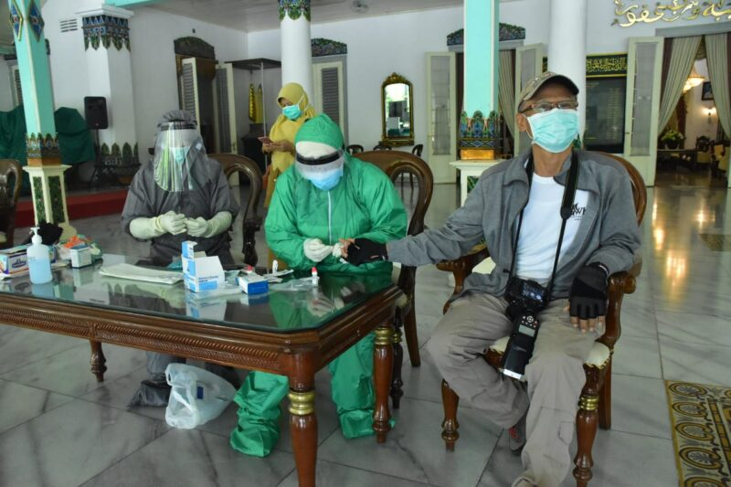Pastikan Tidak Terinfeksi Corona, Pemkab Madiun Rapid Test Puluhan Wartawan