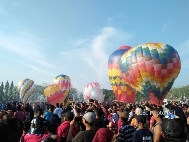 Mengulik Sejarah Tradisi Balon Udara di Ponorogo, Apa Benar Sudah Ada Sejak Abad ke-7?