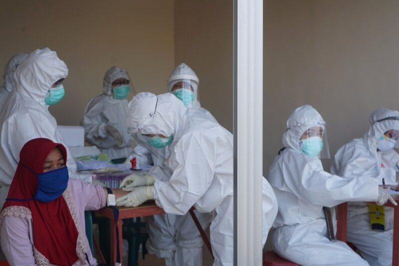 Pemkot Surabaya Gelar 21.203 Rapid Test, Hasilnya 2.080 Orang Reaktif Covid-19