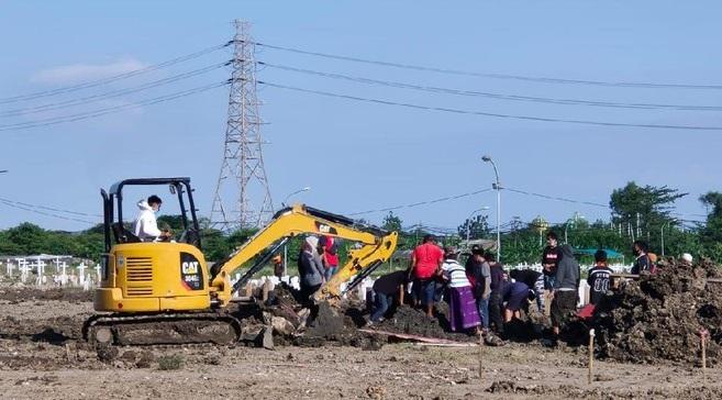 Tanpa Protokol Covid-19, Jenazah Positif di Surabaya Dibawa Pulang Keluarga