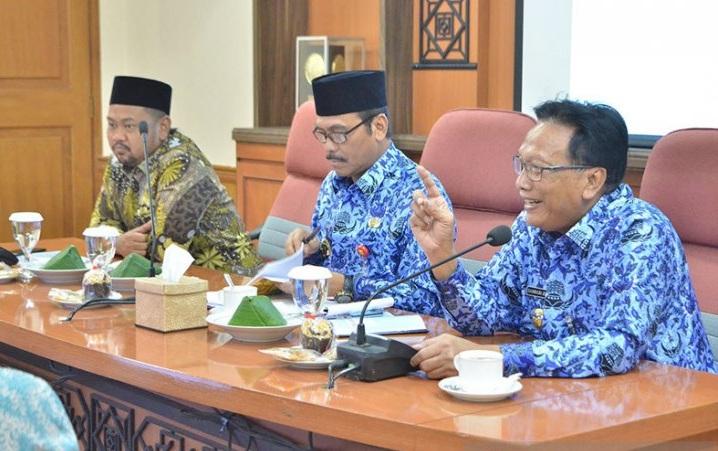 Pemkab Gresik Gandeng Dewan Masjid Susun Protokol New Normal
