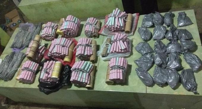 Polisi Gerebek Rumah di Probolinggo, Temukan 5 Kilogram Bahan Petasan