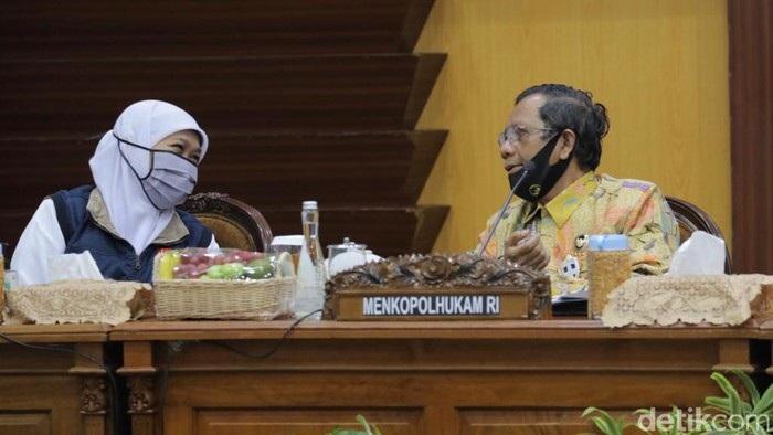 Gubernur Khofifah : Tingkat Kepatuhan Protokol Covid-19 Surabaya Raya Rendah