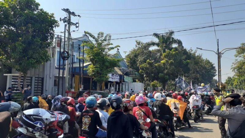 Masuki Kota Madiun, Ribuan Pesilat PSHT Langsung Diminta Pulang Oleh Polisi