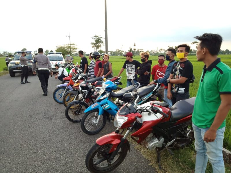 Razia Balap Liar, Polres Ponorogo Amankan 60 Sepeda Motor