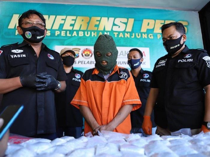 Polisi Tangkap Pengedar Narkoba di Surabaya, 193 Ribu Butir Pil Koplo Diamankan