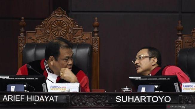 Khawatir Dana Desa Hilang, Dua Kades Ngawi Ajukan Judicial Review UU Nomor 2/2020