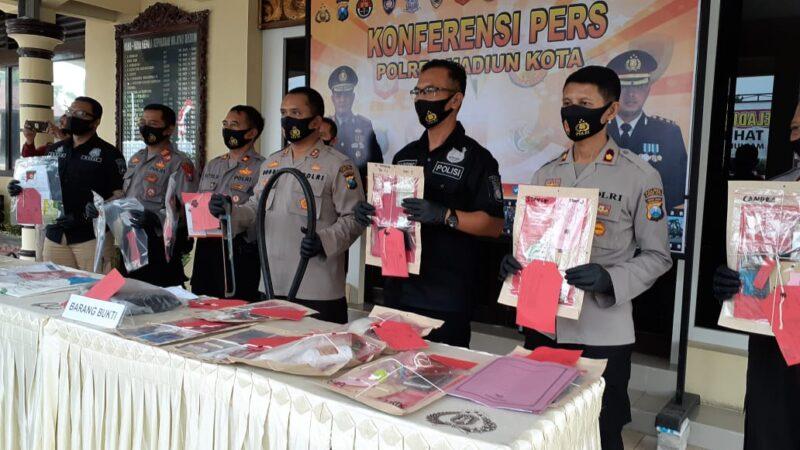 Bekas Karyawan Telkom Mengotaki Pencurian Kabel di Madiun