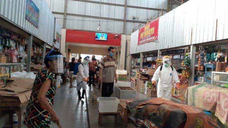 1 Pedagang Positif Covid-19, Pasar Sambirejo Disemprot Disinfektan