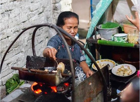 Tepo Tahu Legend di Madiun, Pecinta Kuliner Harus Coba!