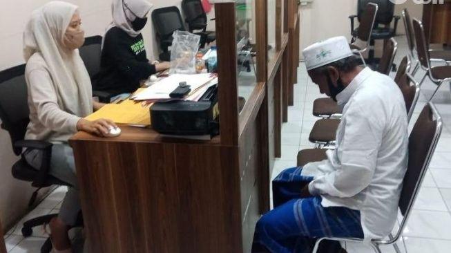 Muazin di Surabaya Tega Cabuli Dua Bocah SD