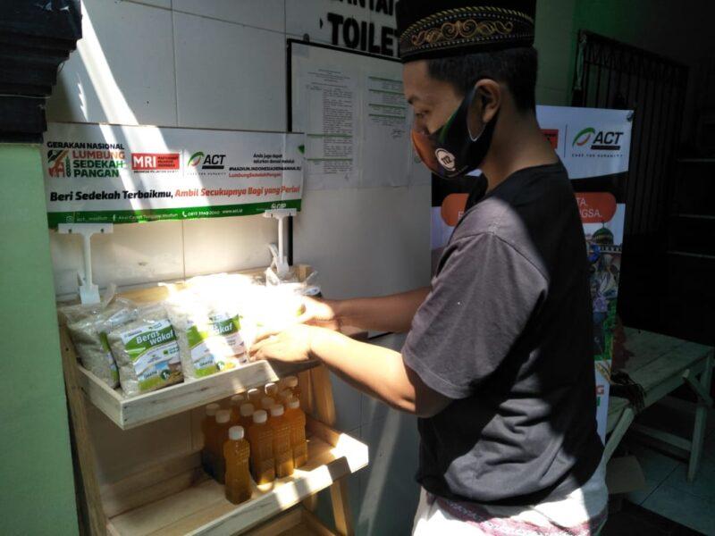 Sediakan Beras dan Minyak Gratis, ACT Madiun Luncurkan Lumbung Sedekah Pangan