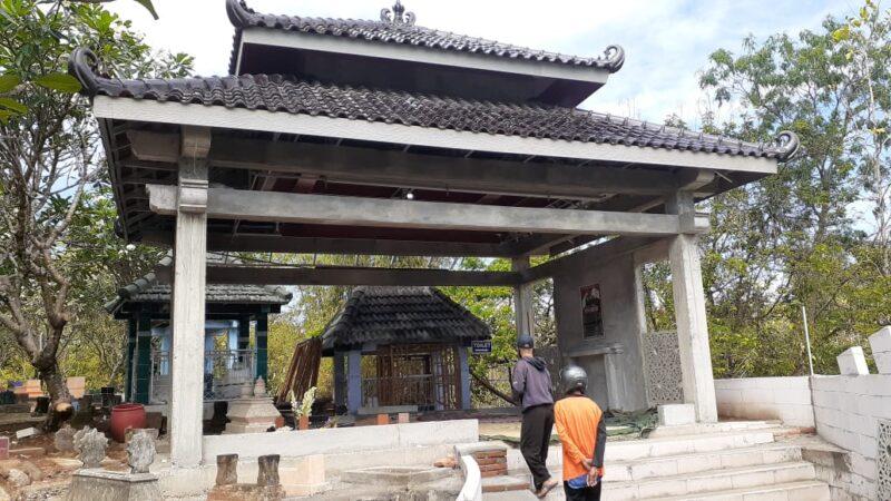 Makam Mendiang Didi Kempot Diperbaiki Istri Pertama