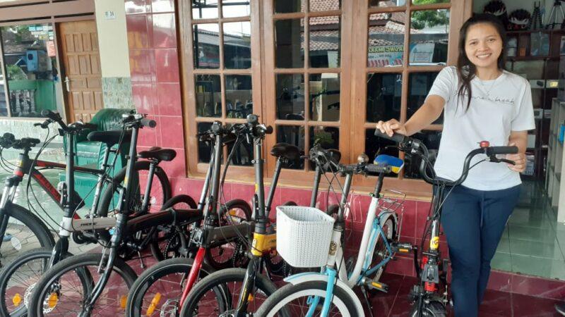 Bersepeda Jadi Tren, Pasutri Muda di Madiun Ini Serius Geluti Usaha Rental Sepeda