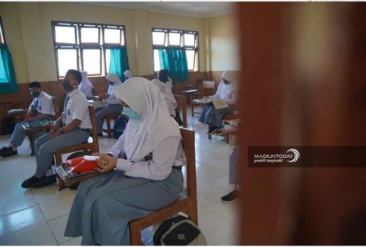 Sekolah Tatap Muka Segera Dibuka, Siswa Senang namun Malas Bangun Pagi