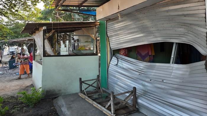 Ratusan Anggota Perguruan Silat di Situbondo Mengamuk, Puluhan Rumah Rusak dan 5 Warga Terluka
