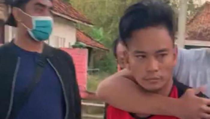 Pengedar Sabu-Sabu yang Manfaatkan Santri di Sampang dan Bikin Polisi