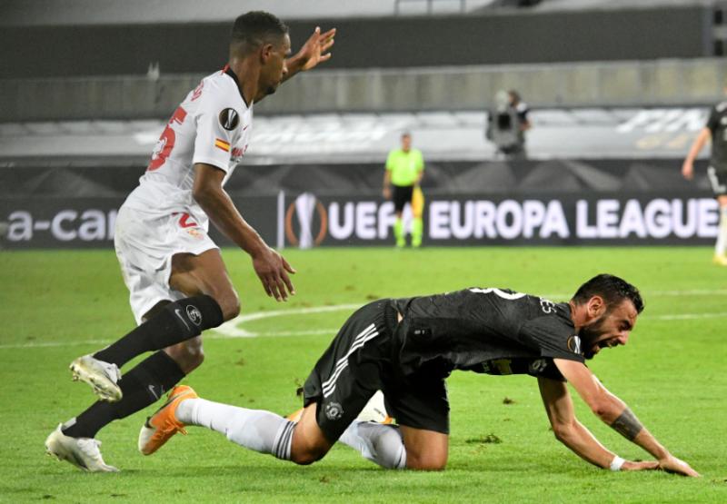 Dapat Penalti Tapi Tetap Kalah, Manchester United Catat Hattrick Kegagalan di Semifinal