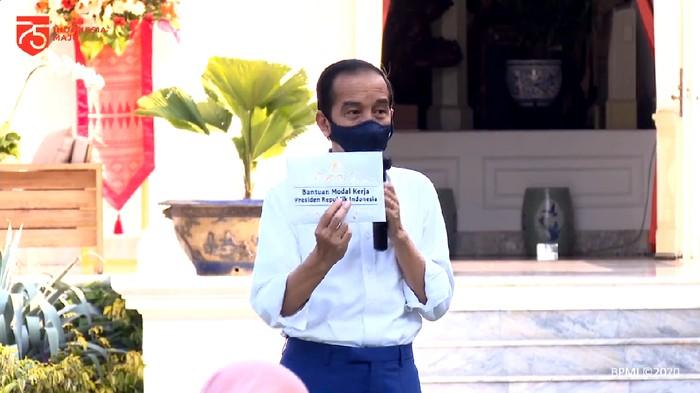 Jokowi Janjikan Pekan Depan Bantuan Modal Kerja Darurat Rp2,4 Juta Cair