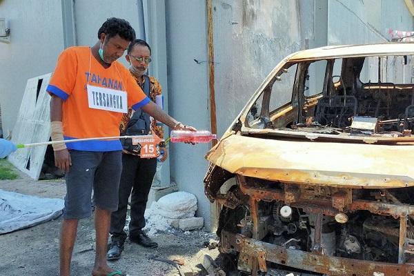 Rekonstruksi Kasus Pembakaran Mobil Via Vallen, Pelaku Peragakan 20 Adegan
