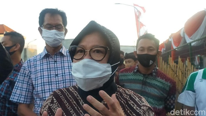 Kasus Covid-19 Surabaya Tinggi, Risma Tak Berani Buka Sekolah Tatap Muka