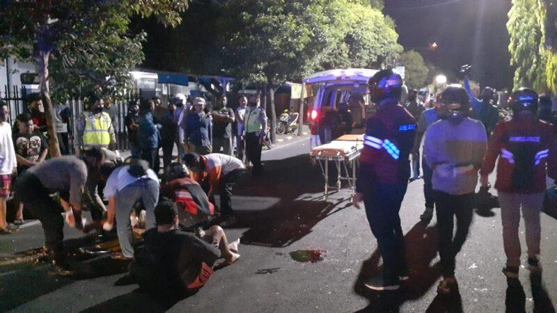 Usai Belajar Kelompok, Dua Pelajar Alami Kecelakaan di Jl. Salak Madiun