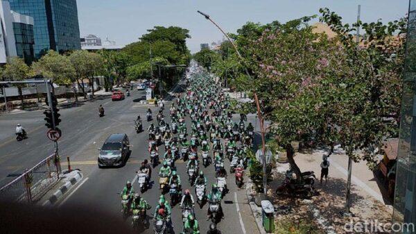 Waduh! Demo Seribuan Ojol di Surabaya Bisa Ciptakan Klaster Baru Covid-19