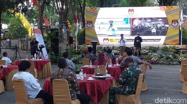 Paslon Perang Kata-Kata, Deklarasi Kampanye Damai Pilkada Surabaya Panas