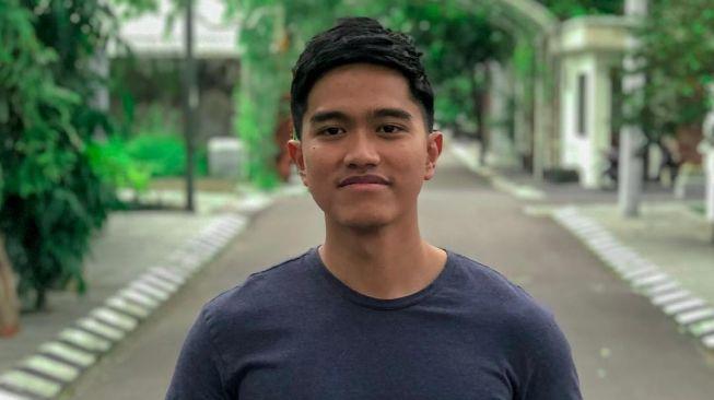 Empat Penipu Putra Bungsu Jokowi Kaesang Pangarep Akhirnya Ditangkap