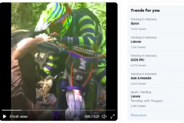 Viral Video Pengendara Motor Trail Sentuh Wanita Berkemban, Netizen Jengkel