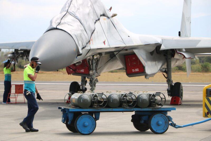 Latihan Sikatan Daya, Pesawat Tempur Lanud Iswahjudi Lakukan Berbagai Manuver