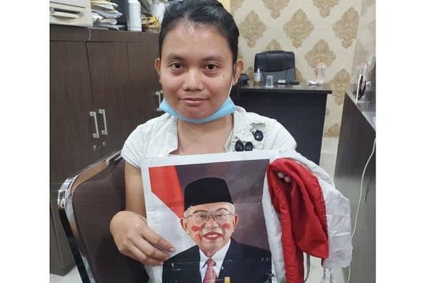 Masih Bisa Tersenyum, Ini Dia Tampang Pelaku Injak dan Kosek Bendera Merah Putih