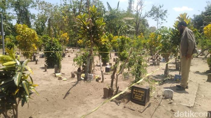Makam Ibu Muda di Jombang Dibongkar, Pelaku Gali Pakai Piring untuk Curi Kerudung serta Jubah Jenazah