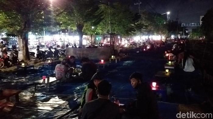 Anak Muda Surabaya Tak Takut Corona, Kerja Wali Kota Risma Semakin Berat