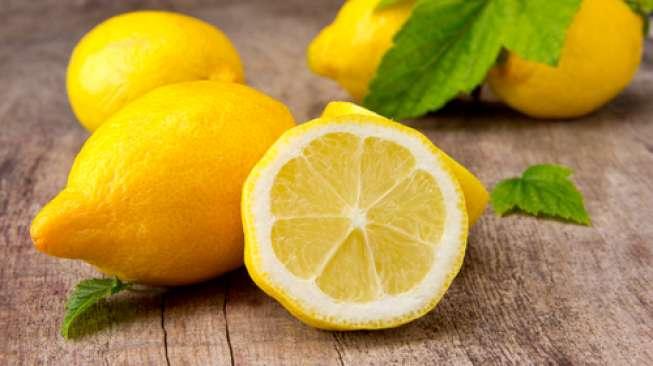 Lemon, Cara Alami Cegah Jerawat pada Kulit Berminyak
